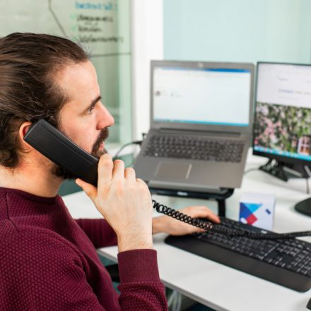 Zakelijke telefonie voor elke organisatie - blok